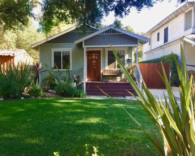 """PASADENA ROSEBOWL Perfect 2Bed/2Bath Craftsman Home """"THE BEST AREA!"""" - North Central"""