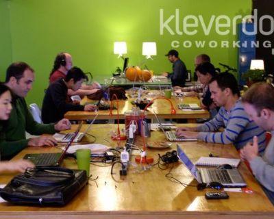 Full-Time Flex Desk