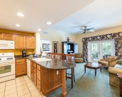 Comfortable 3 Bdrm Condo with King Suite at Reunion - Reunion