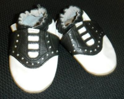 Baby ROBEEZ Newborn 0-6 Months Saddle Oxford Shoes 50's Diner Costume Prop