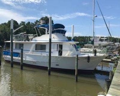 1984 Pearson 43 Motor Yacht