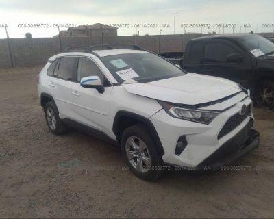 Salvage White 2020 Toyota Rav4