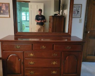 Downsizing in Monroe - Hitchcock , Housewares, Collectibles, Toys and More