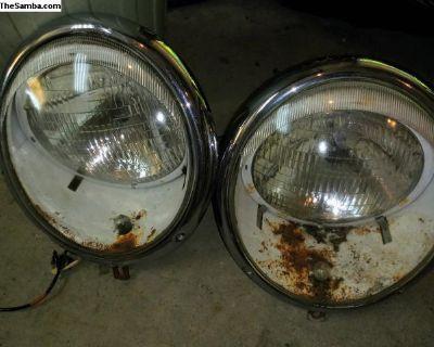 Nice 1950s headlights need restored 214.592