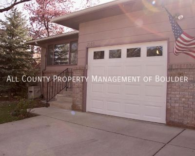 Townhouse Rental - 2109 Collyer Street