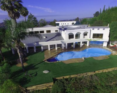 Impressive Furnished 9 BR/10 BA Entertainment Dream Estate - Los Angeles