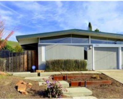 706 Del Ganado Rd, San Rafael, CA 94903 4 Bedroom House
