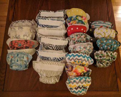 22 Newborn cloth diapers