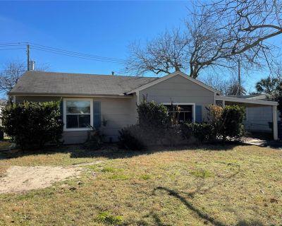 119 Barracuda Avenue, Galveston, TX 77550