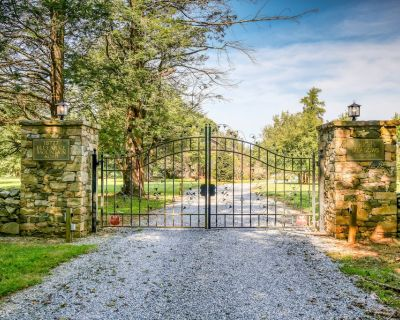 Beautiful Bed and Breakfast Nestled in the Blueridge Near Bluemont Wine Country - Millwood