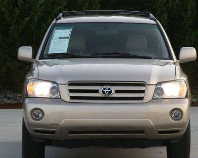 2005 Toyota Highlander Base V6