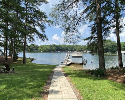 *NEW LISTING* 5 Bdr / 4 Bath on quiet inlet with huge screened in porch - Henrico