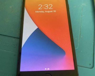 iPhone 8 64GB (Unlocked)