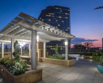 5 Riverway, Houston, TX 77056 1 Bedroom Apartment