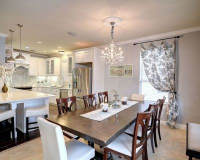 Remodeled Kitchen/self Checkin/heated Pool/free Wifil/pool Table/walk to Beach - Villages of Crystal Beach
