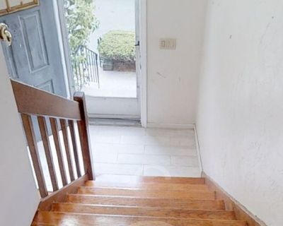 Looking for roommate for large townhouse