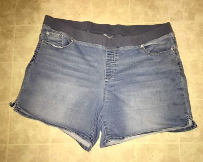 Jean Shorts (elastic waist, pockets front & back) 1x 16-18-W ( true to size) 1%-spandex
