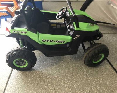Motorized jeep for kids