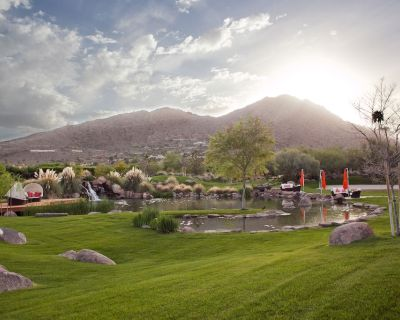 Paradise in the Desert 5 Bedroom/5 Bath - Jokake Camelback Properties