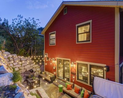Abode at Daly Canyon | Luxury Old Town Home | 1 Block from Main Street! Hot Tub! - Downtown Park City
