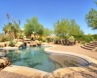 Luxurious 3 bedroom house in Scottsdale's Carefree Hills!