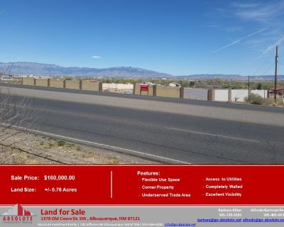 Fully-enclosed Lot for Sale in Underserved Trade Area