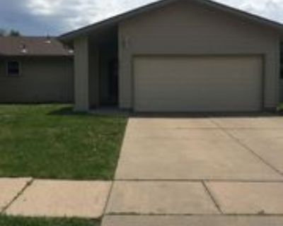 2339 N Rutland Ct, Wichita, KS 67226 3 Bedroom Apartment