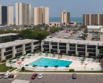 Our Place At The Beach 2 BR Condo With Large Pool - North Ocean City