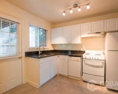 493 N. Highland Ave NE- 28 #28, Atlanta, GA 30307 2 Bedroom Apartment