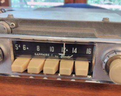Sapphire I AM 6V Ivory Radio - Restored