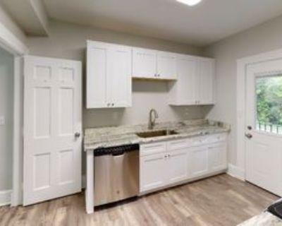502A N Thomas Rd, Fort Oglethorpe, GA 30742 5 Bedroom Condo