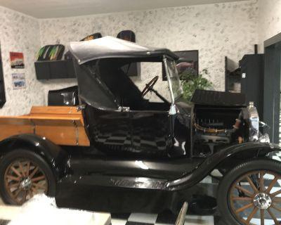 1924 Ford Model T Pickup