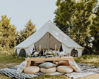 Luxe Glamping Suite Sleeps Six /Perfect For Groups - Kansas City