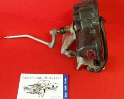 Mercedes Benz R129 Headlamp Wiper Motor Regulator Assembly - Left
