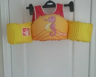 Body Glove buoyant swimmer aid, 14 to 23kg