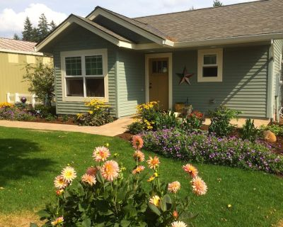 Lovely new cottage in the country. Close to major cities, mountains, beach, golf - Hillendale