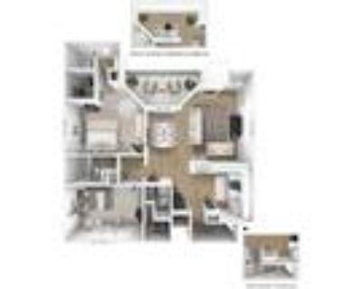 Sundance Apartments - The Grand With Sun Room 2 BR 2 BA