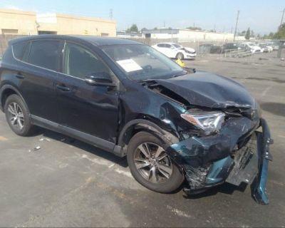 Salvage Blue 2018 Toyota Rav4
