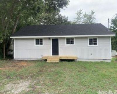 9121 W 32nd St, Little Rock, AR 72204 3 Bedroom House