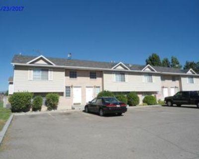 1731/1733/1735/1737 W. 800 N. - 1735 #1735, Pleasant Grove, UT 84062 3 Bedroom Apartment