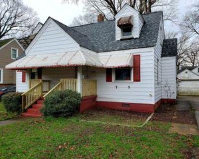 1110 Wright Ave #1, Chesapeake, VA 23324 4 Bedroom Apartment