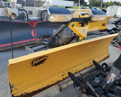 """USED UNITS Used Fisher 9'6"""" HD Minute Mount2 Snow Plow Blades Harrisburg, PA"""