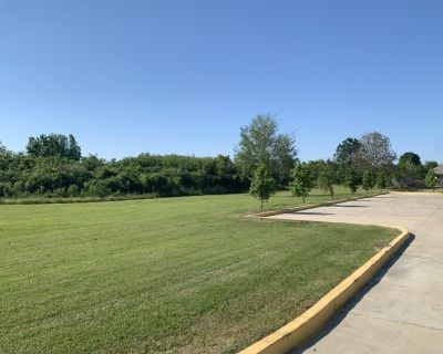 Land Lease on Albertson Pkwy in Broussard