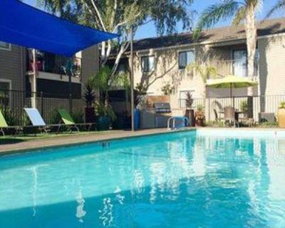 2112 Floyd Ave, Modesto, CA 95355 1 Bedroom Apartment