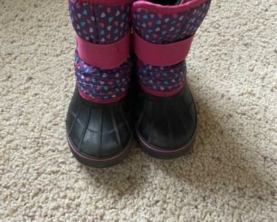 7/8 Lilly & Dan Winter Boots