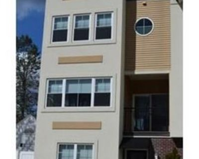 LANDLORD SPECIAL - 1 month FREE rent when you sign a lease. 2 Car Garage!