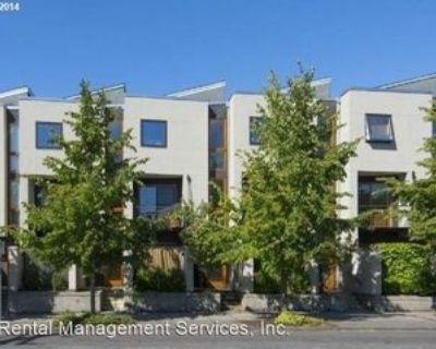 5946 Ne Hoyt St, Portland, OR 97213 3 Bedroom House
