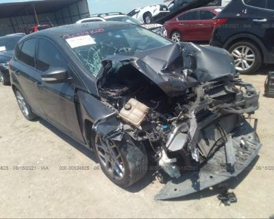 Salvage Gray 2015 Ford Focus