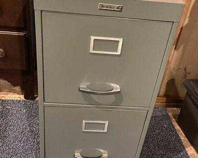 Free- filing cabinets