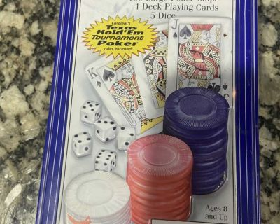 Playing cards & poker chips